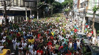 Circuito da fé: procissão de ramos arrasta centenas de fiéis neste domingo (25)