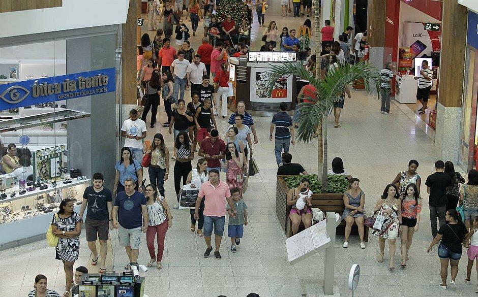 8dbd43ec0 Justiça suspende trabalho em shopping aos domingos e feriados em Salvador