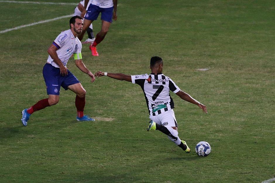 Mateus Gonçalves fez o terceiro gol do Ceará