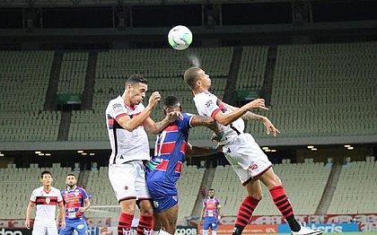 Fortaleza e Atlético-GO terminaram o jogo com placar zerado