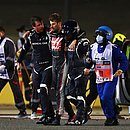Grosjean saiu consciente após acidente grave