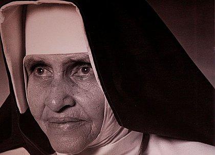 Novo milagre de Irmã Dulce: pessoa dormiu cega e acordou enxergando