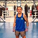 Bia Ferreira avançou no Campeonato Mundial militar de boxe