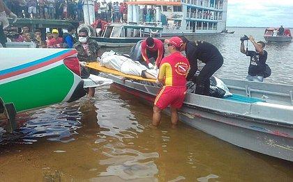 Número de mortes em naufrágio no Pará sobe para 23