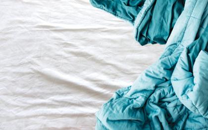 Em maus lençóis: como viver a pandemia tem nos tirado o tesão e o que fazer para reativar