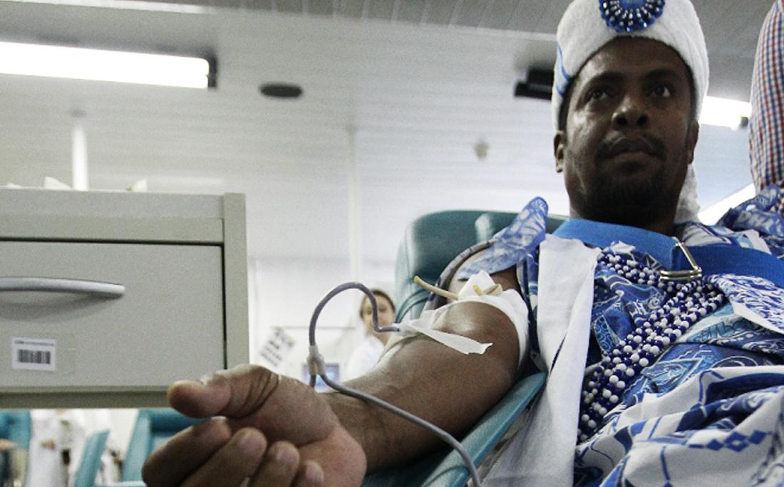 Associados e diretores do Gandhy doaram sangue no Hemoba