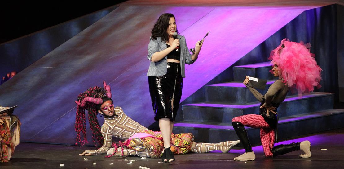Vencedora da categoria revelação: Letícia Bianchi pela Direção do espetáculo Eudemonia