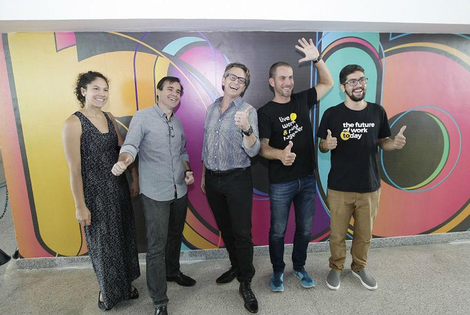Com Ivan Paixa e a equipe do Hub Salvador
