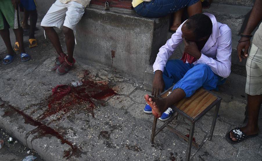 Três pessoas foram mortas por tiros em Porto Príncipe, no Haiti, durante protestos em massa durante o fim de semana em várias cidades, pedindo a renúncia do Presidente Jovenel Moise.
