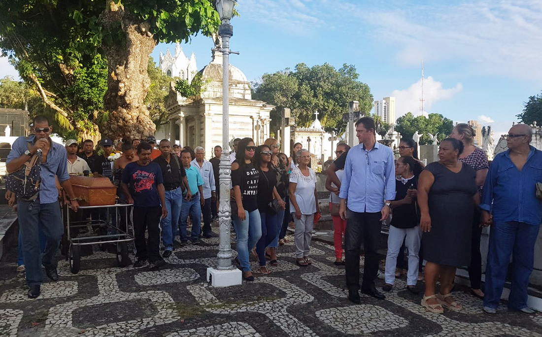 Sepultamento de Rita de Cássia, nesta segunda, no Campo Santo