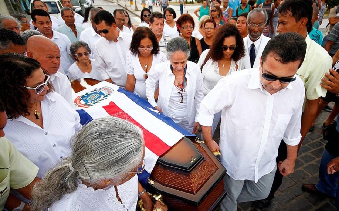 Dona Canô morreu no dia 25 de desembro de 2012
