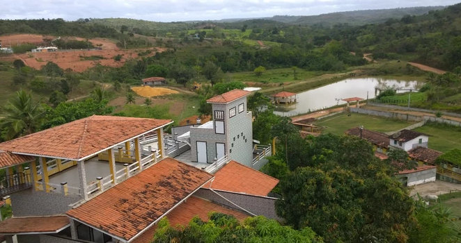 Solar dos Ventos Hotel Fazenda fica no Riachão, município de Pojuca. Só recebe hóspedes em grupo depois de agendamento..
