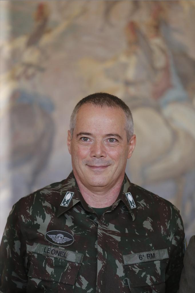 General Leonel
