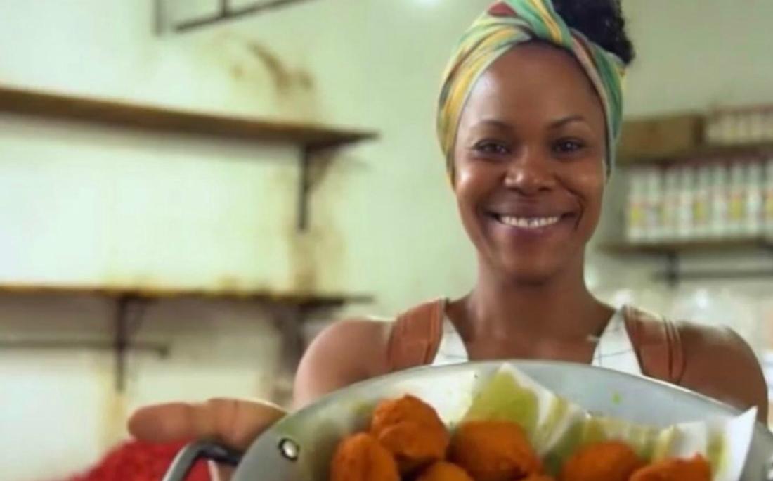 Lili Almeida vem se reinventando desde o início da quarentena e agora o restaurante atua com entregas no local