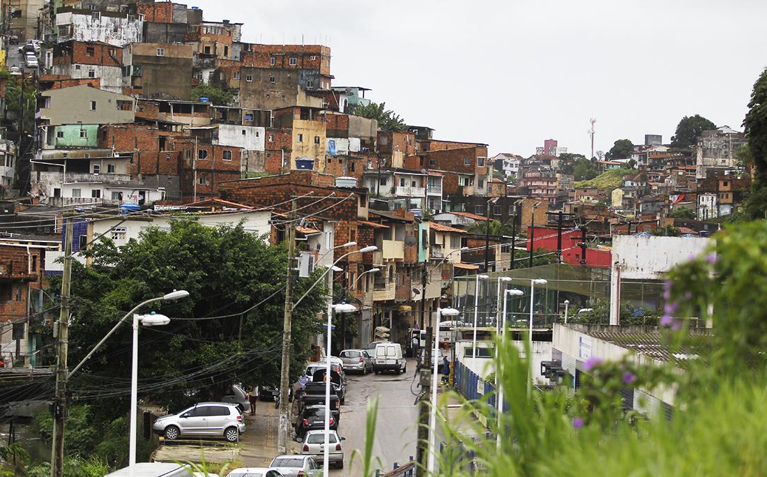 A Bahia tem o 3º maior número de casas em favelas do Brasil, segundo pesquisa divulgada hoje pelo IBGE. Casas na Baixa do Tubo.