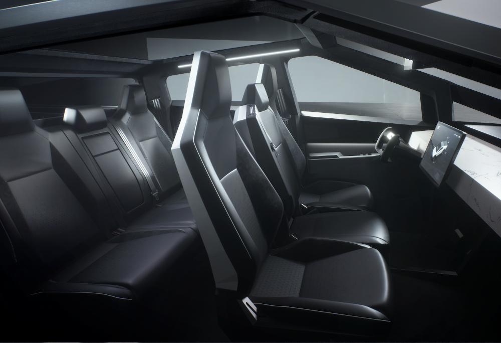 O interior segue as linhas adotadas em outros modelos da marca