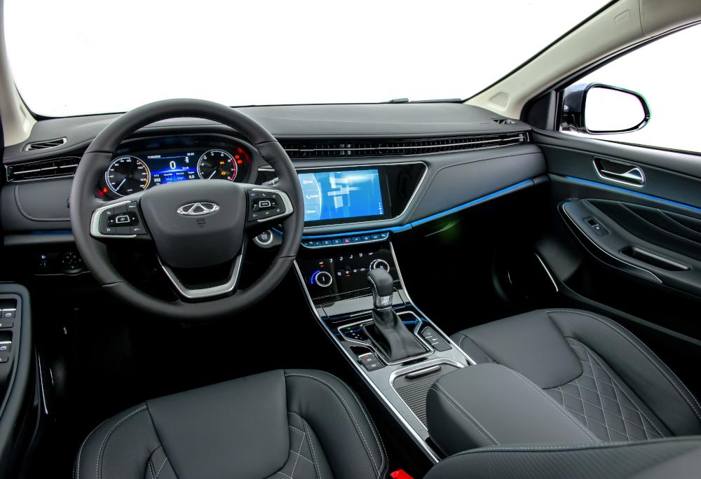 O sedã da Caoa Chery tem seis airbags e freio de estacionamento elétrico