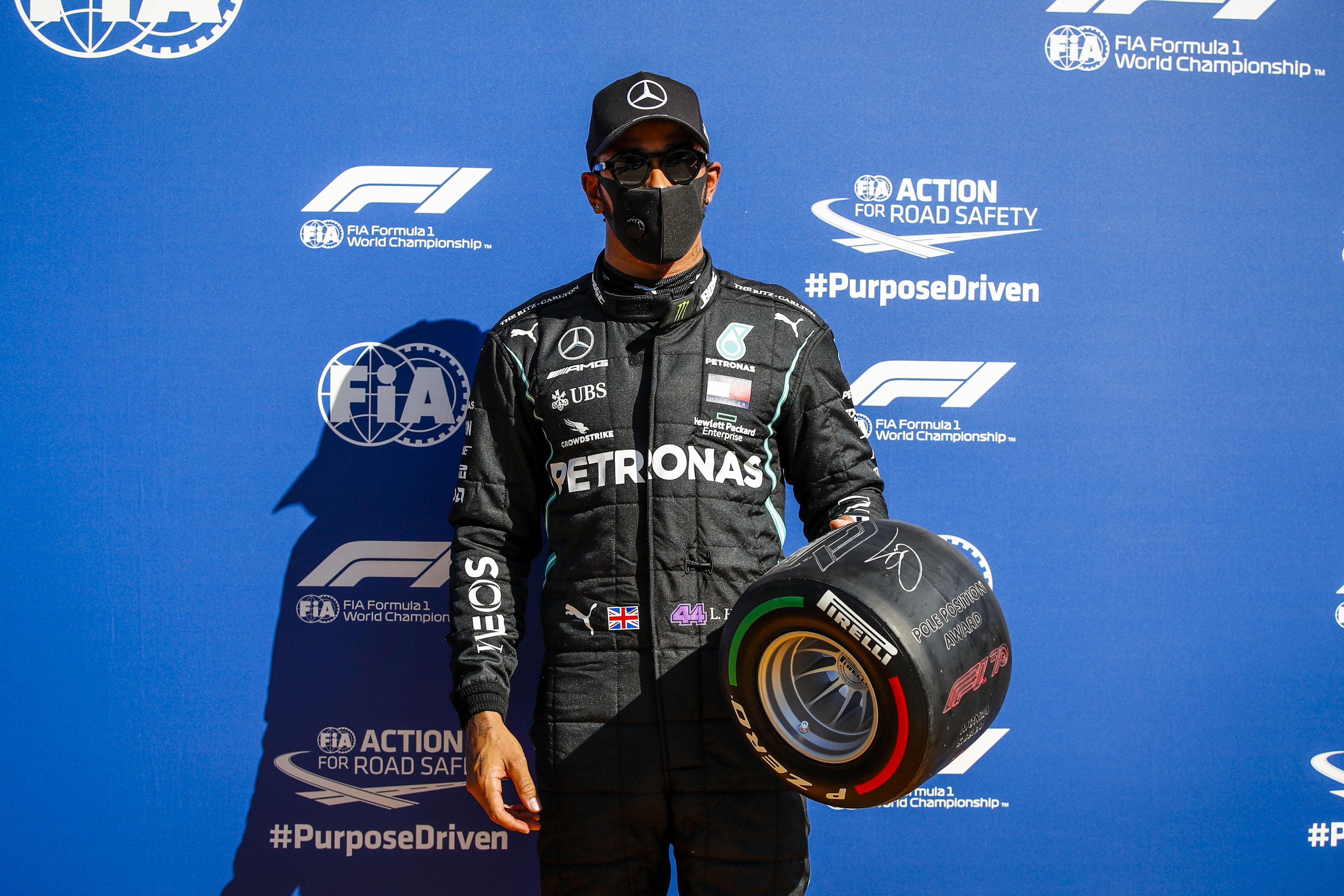 Hamilton fez a melhor volta da história