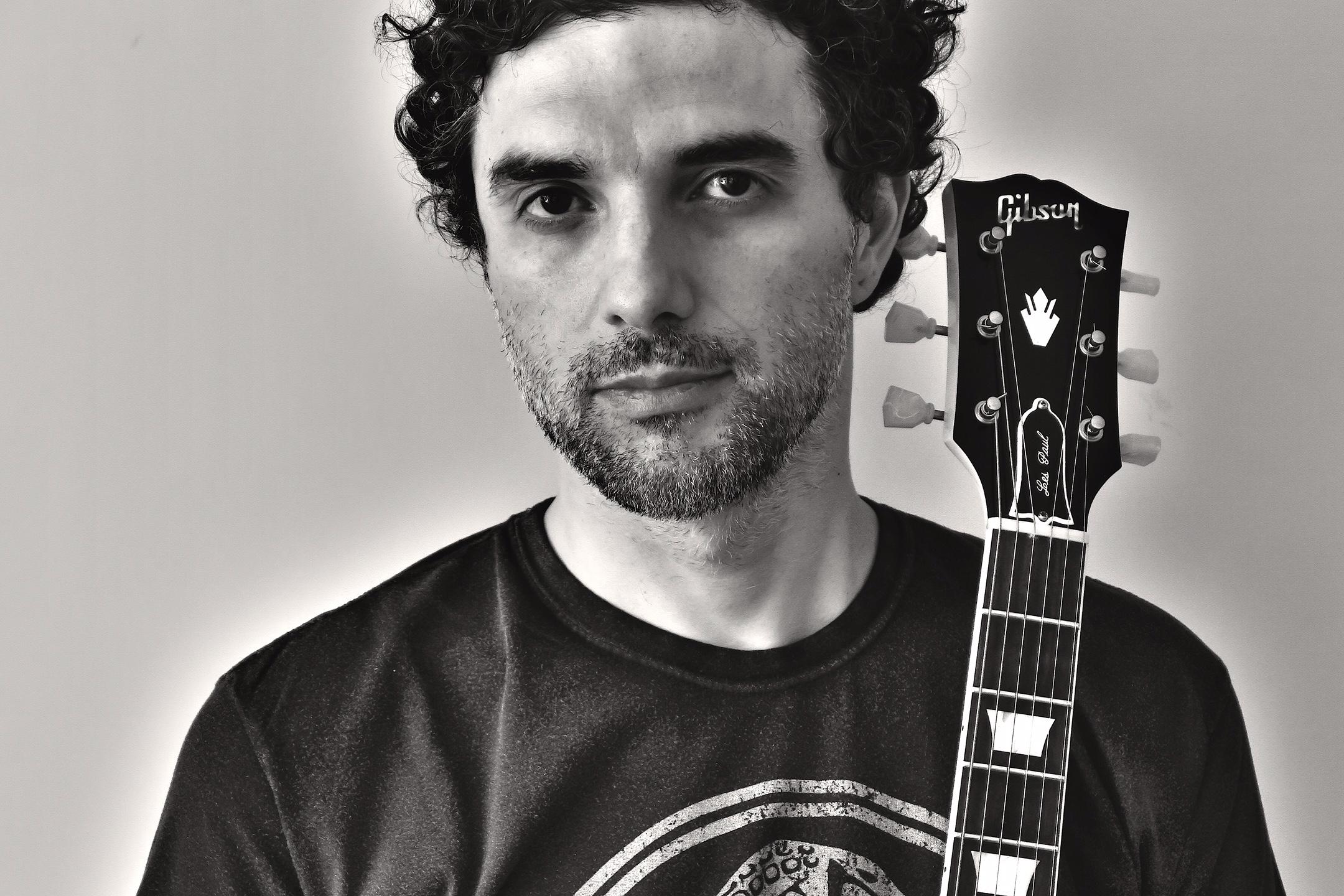 Davi Moraes chamou Paulinho Boca, Gerônimo, Luedji Luna e a banda Gilsons para cantar os hits de Moraes com ele