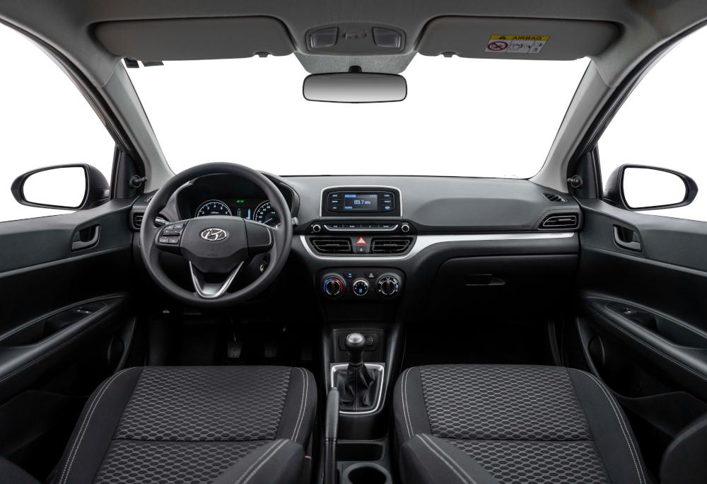 O Hyundai HB20 Sense 2022 tem quatro airbags de série