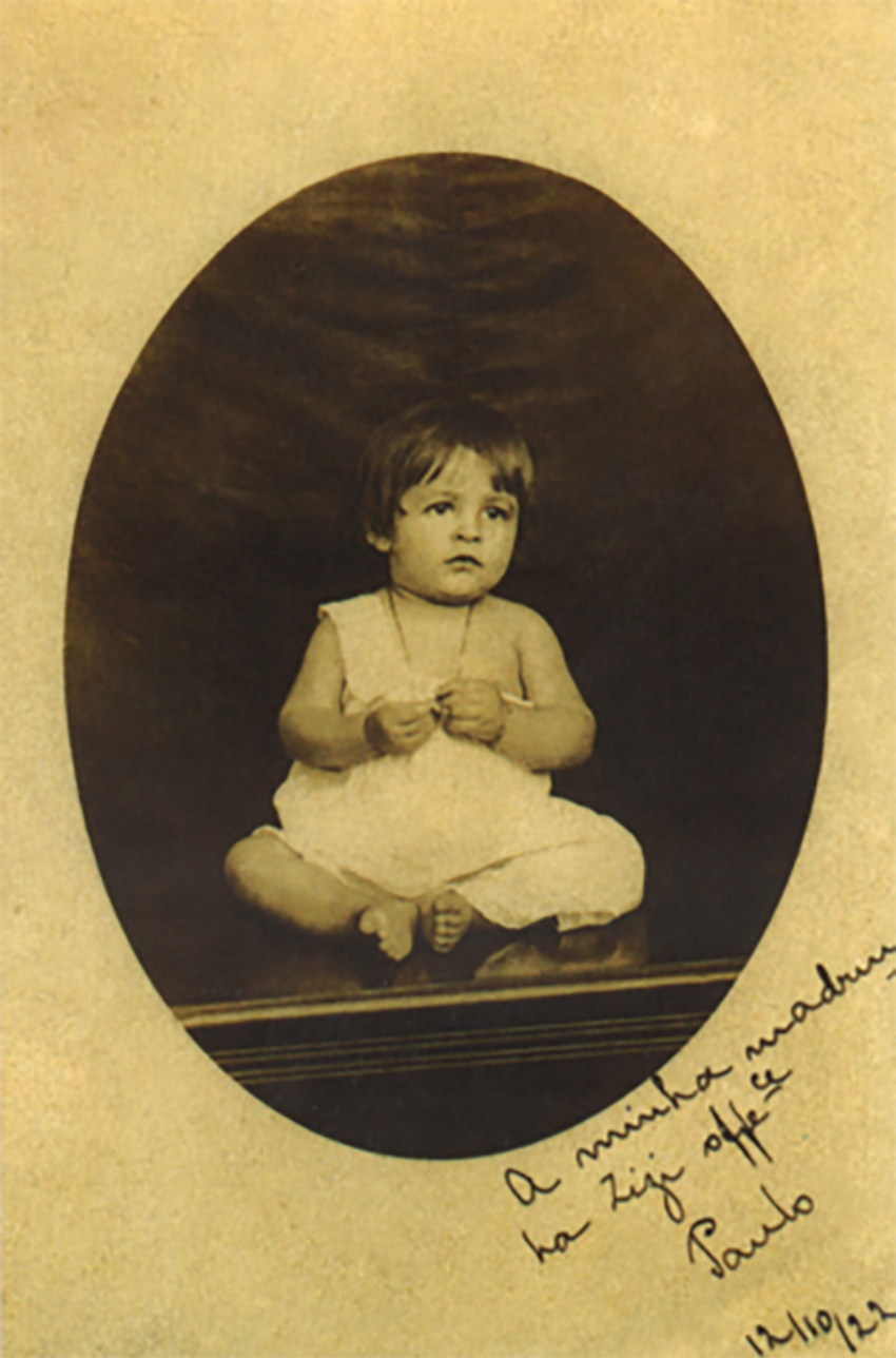 Paulo Freire com 1 ano de idade em Recife